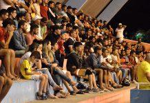 Público na Quadra. Foto: Gilvan Silva