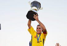 Momento da Entrega da Taça de Campeão do Canarinho. Foto: Gilvan Silva